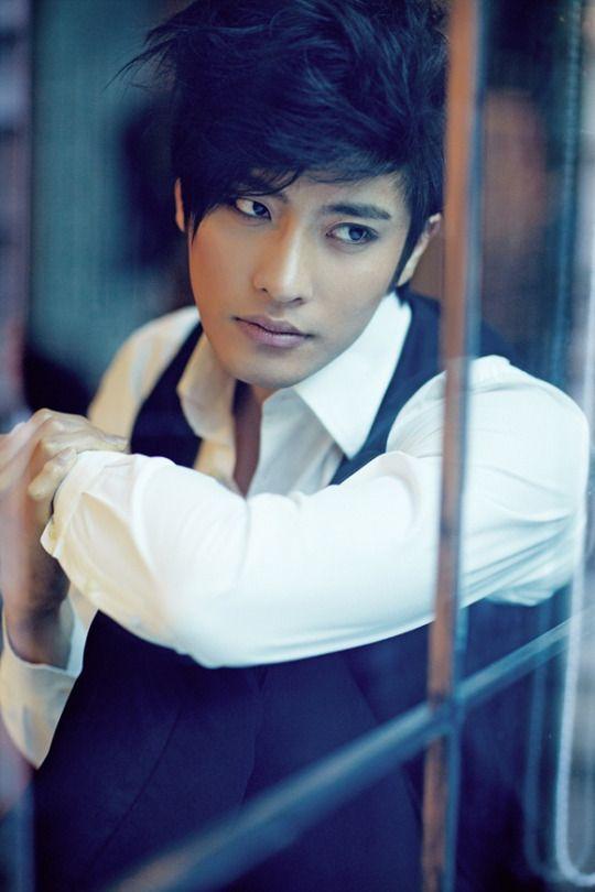 Sung Hoon10