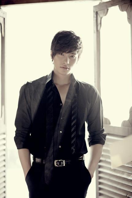 Sung Hoon16