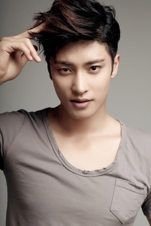 Sung Hoon8