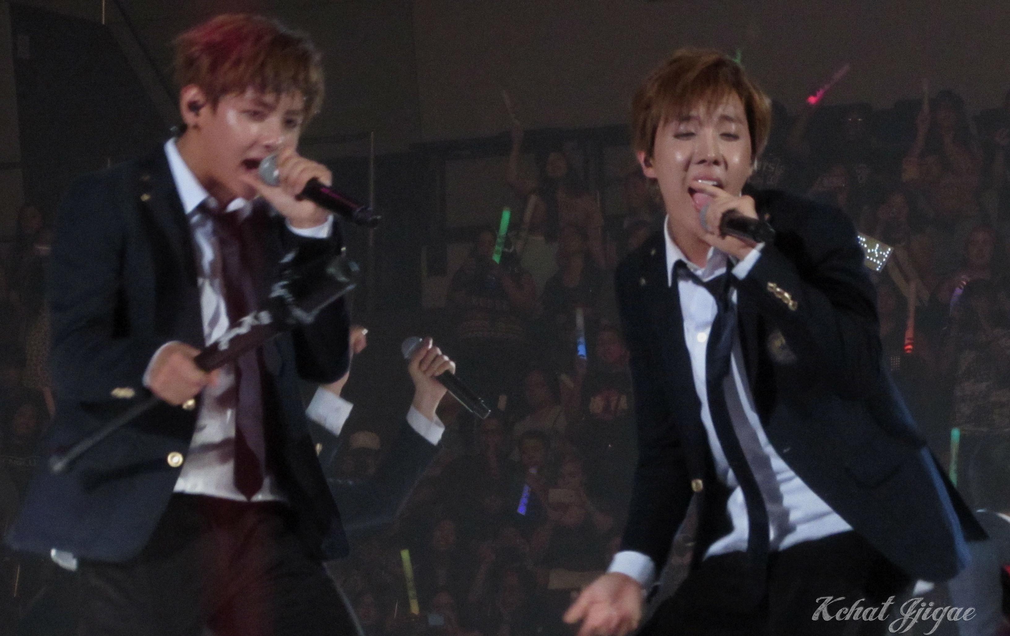BTS KCON 2014 J-Hope Taehyung