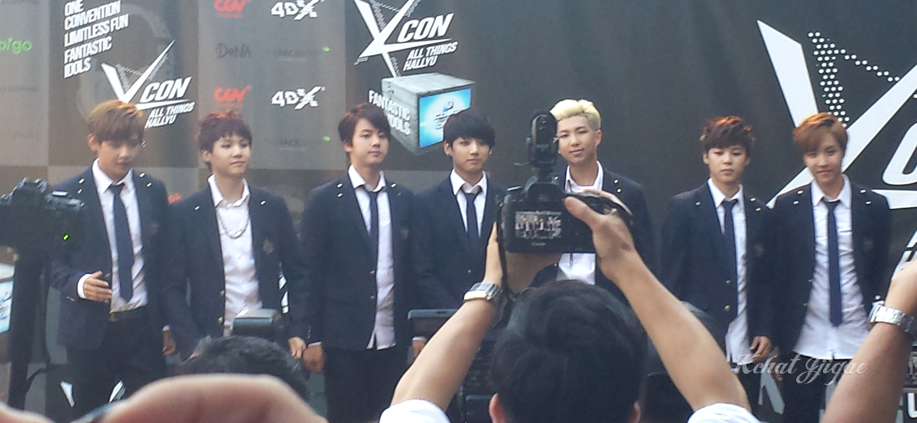 BTS KCON 2014 Red carpet