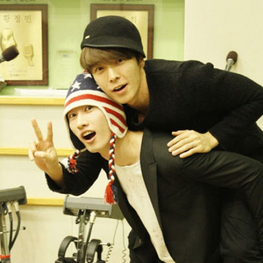 donghae-and-eunhyuk-of-superjunior