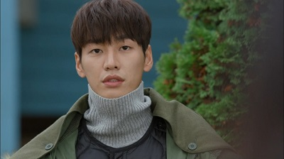 man-living-in-our-house-kim-young-kwang-10